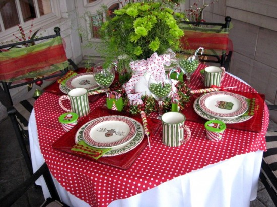 holiday house: christmas tablescapes - southern hospitality