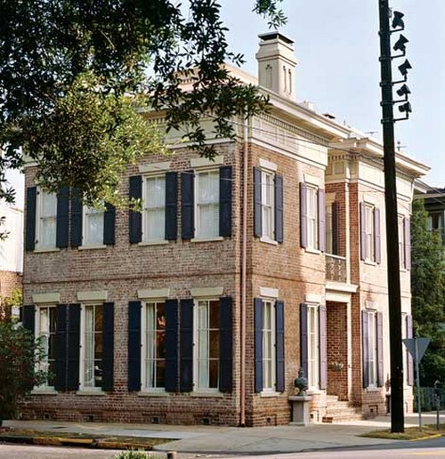 Savannah chic traditional home southern hospitality for Home builders in southern ohio