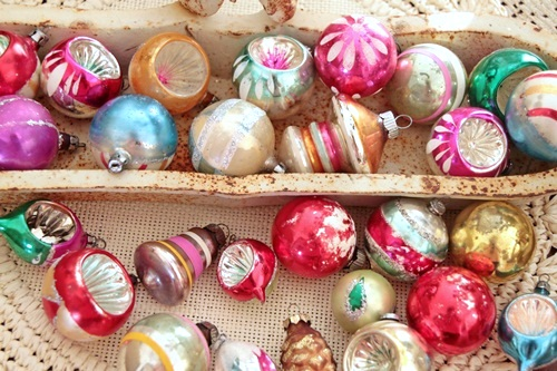 Shiny and Bright: Vintage Glass Ornaments - Southern Hospitality