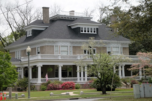 Historic homes of eufaula al southern hospitality for Home builders alabama