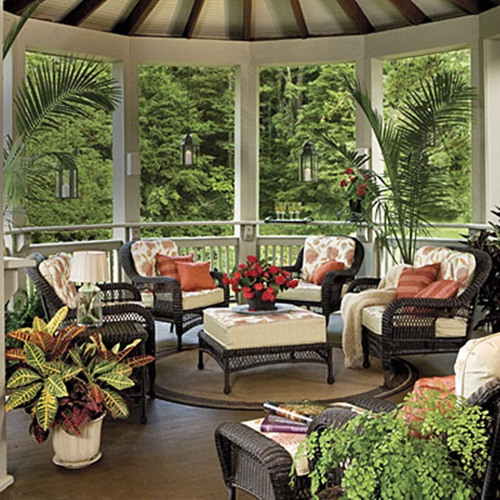 Breezy summer porches from southern living southern for Decoracion casas turcas