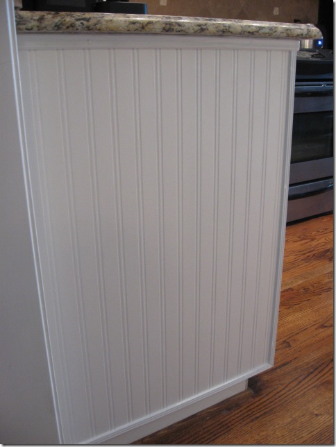 beadboard wallpaper