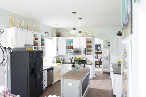 White Kitchen Aqua Accents feature friday: ashley's colorful kitchen - southern hospitality