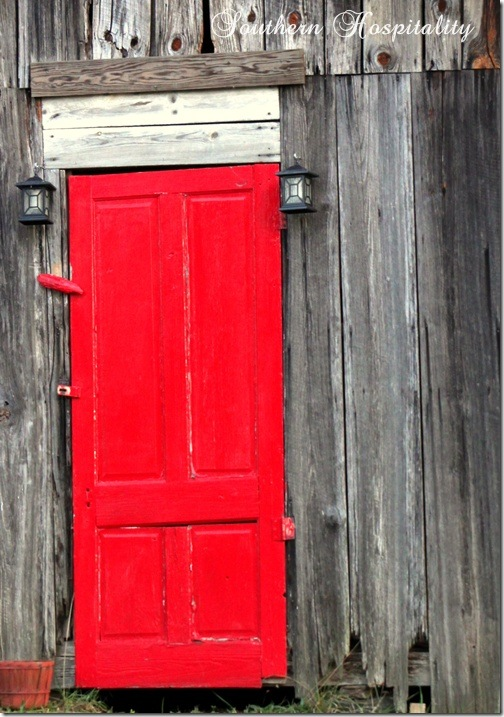 ... The Time On Blackwell Road And Have Always Wanted To Take A Pic Of It,  So I Stopped One Afternoon Just Before Dusk And Captured This Beautiful Red  Door.