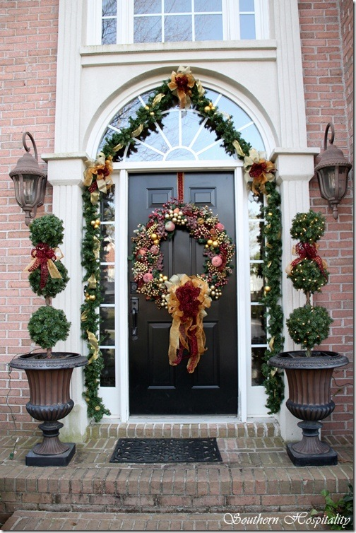 Debbie S Christmas House Southern Hospitality. Exterior Doors | Ribbons And  Garland ...