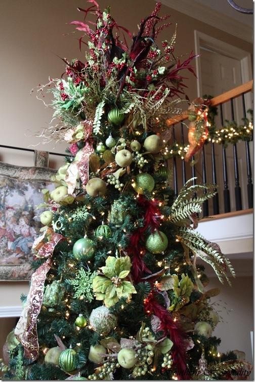 top of tall christmas tree - Tall Christmas Tree