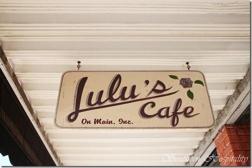 Lulus Cafe