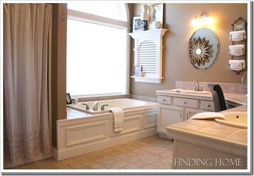FindingHomeMasterBath7_thumb