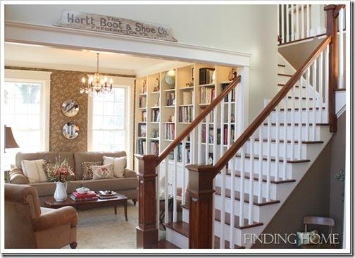 Livingroomentry_thumb