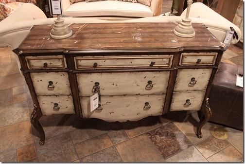 A Painted Vintage Distressed Dresser.
