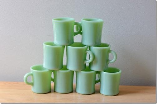 vintage kitchen jadeite mugs Parsimonia