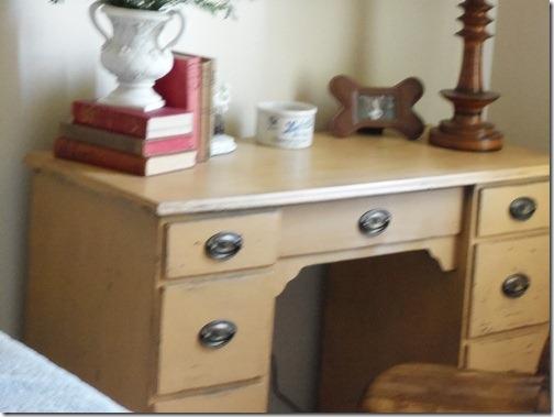 Desk bluebird