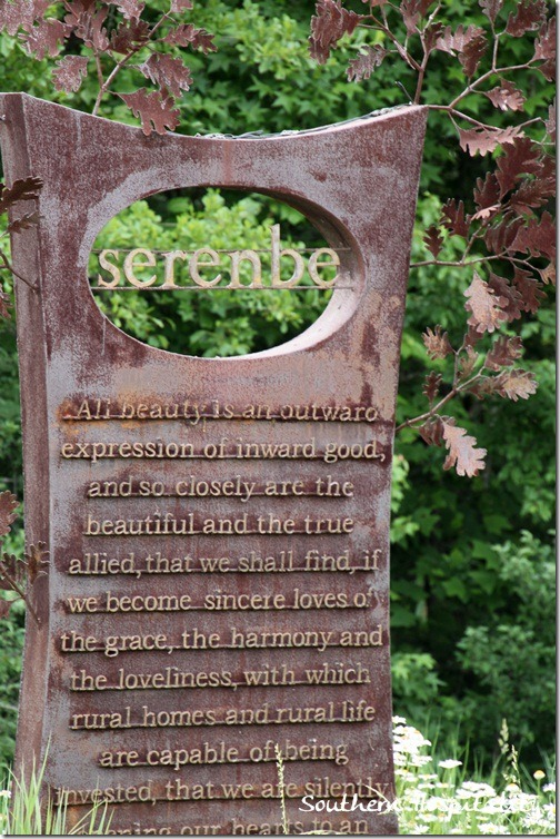 Serenbe iron sign