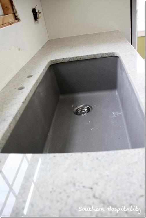 Blanco Metallic Gray sink