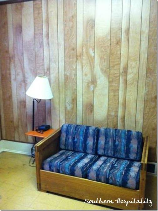 Sofa Room Service ATL