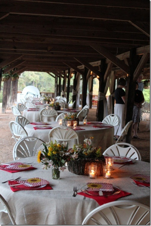 rehearsal-dinner-in-barn-682x1024(pp_w614_h921)