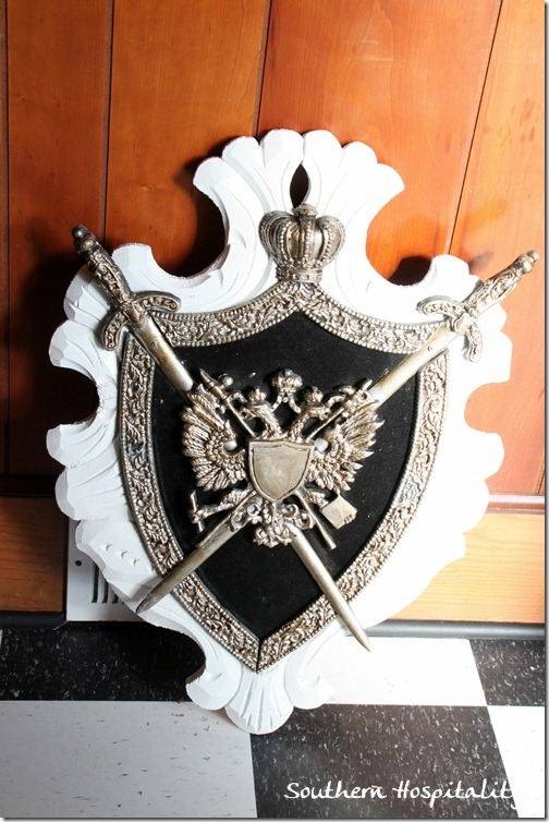Shield for foyer