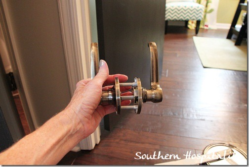 lever door knobs