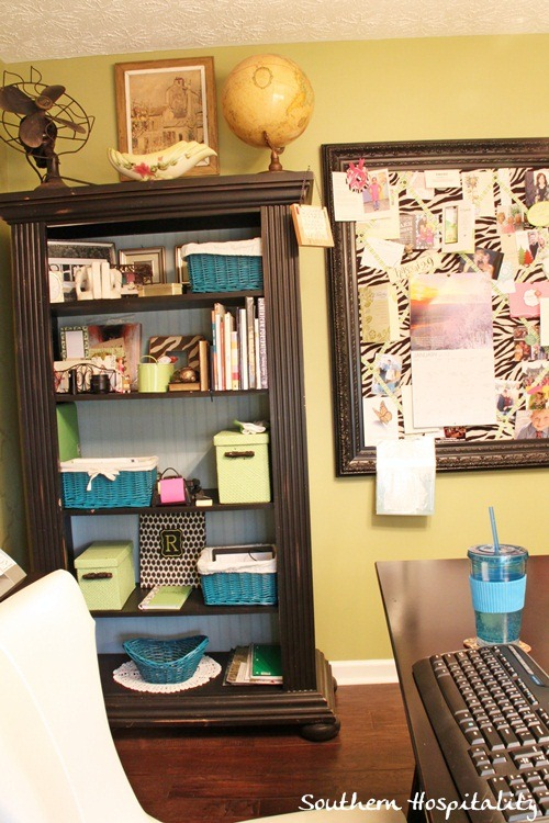 bookcase-bulletin-board-2.jpg