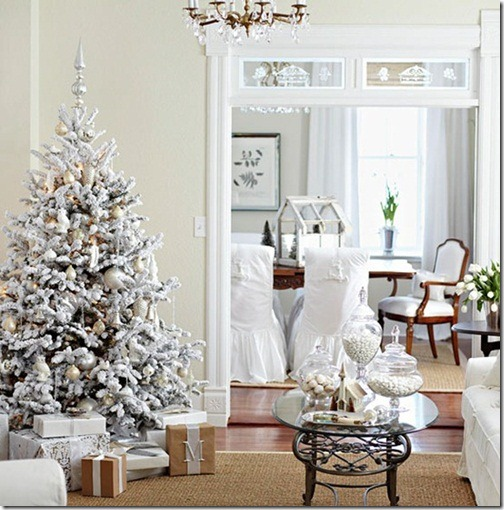 snow-white-flocked-tree-bhg