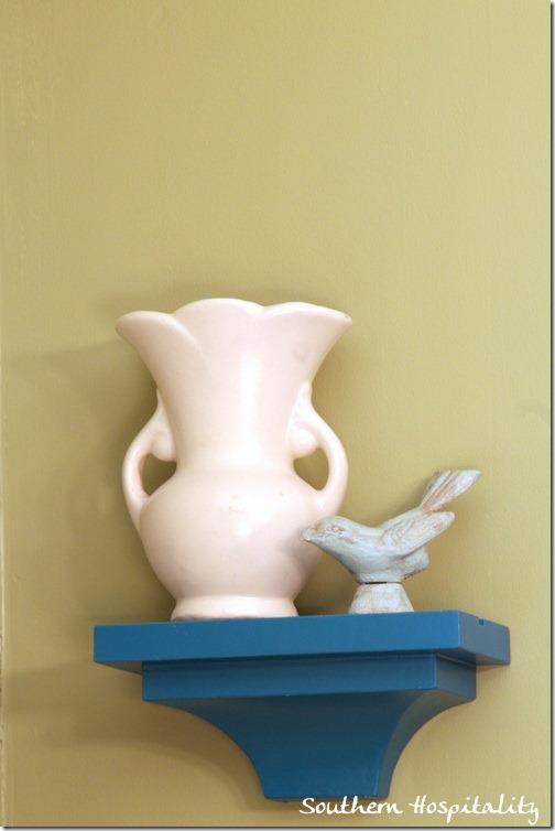 vase and bird