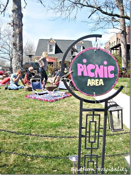 Picnic area at Nine