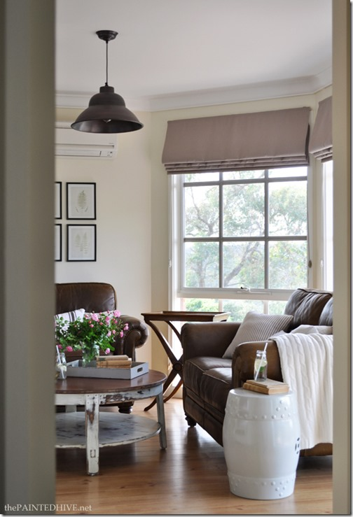 country cottage living rooms feature friday the painted hive southern hospitality 15643