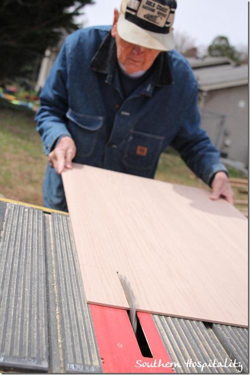cutting oak veneer