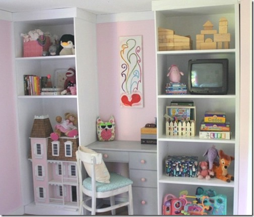 girl's room storage