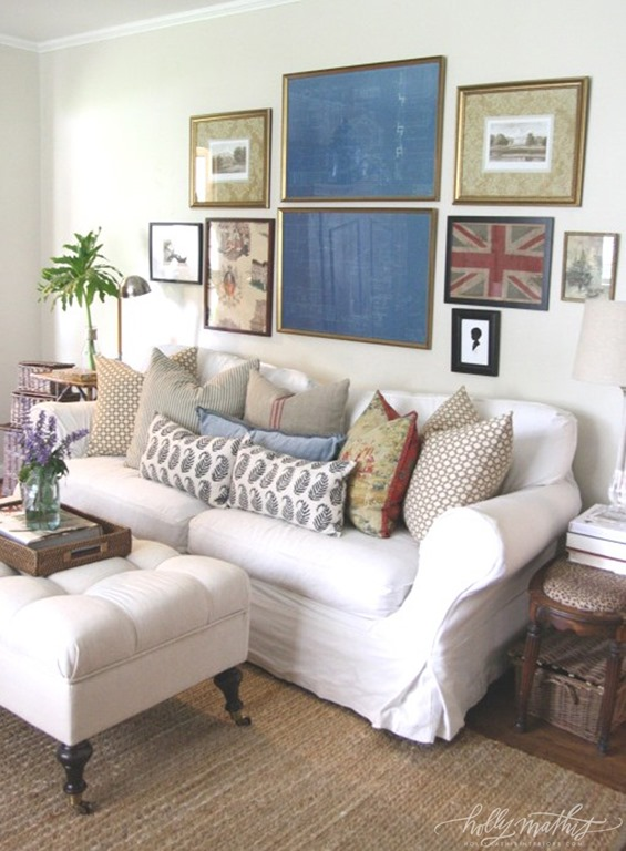 Feature friday holly mathis interiors southern hospitality for Framed artwork for living room