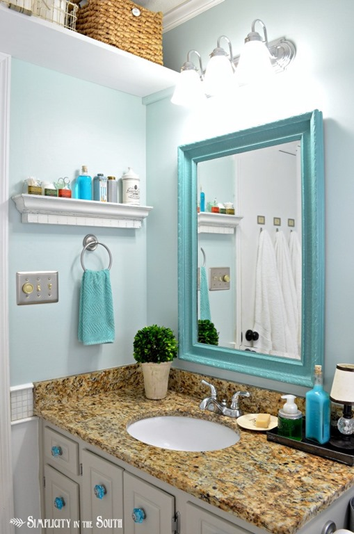 Guest Bathroom With Turquoise Mirror Feature Friday Simplicity In The South Southern Hospitality