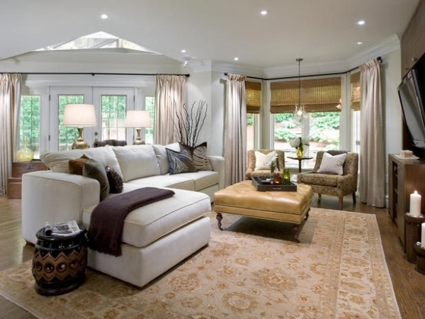 Decorating dilemma laurie 39 s living room southern for Southern style living room designs