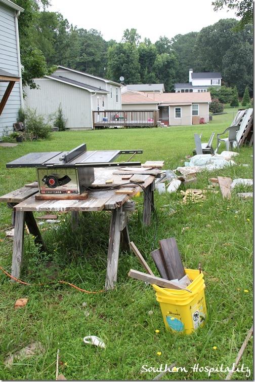 messy-backyard_thumb.jpg
