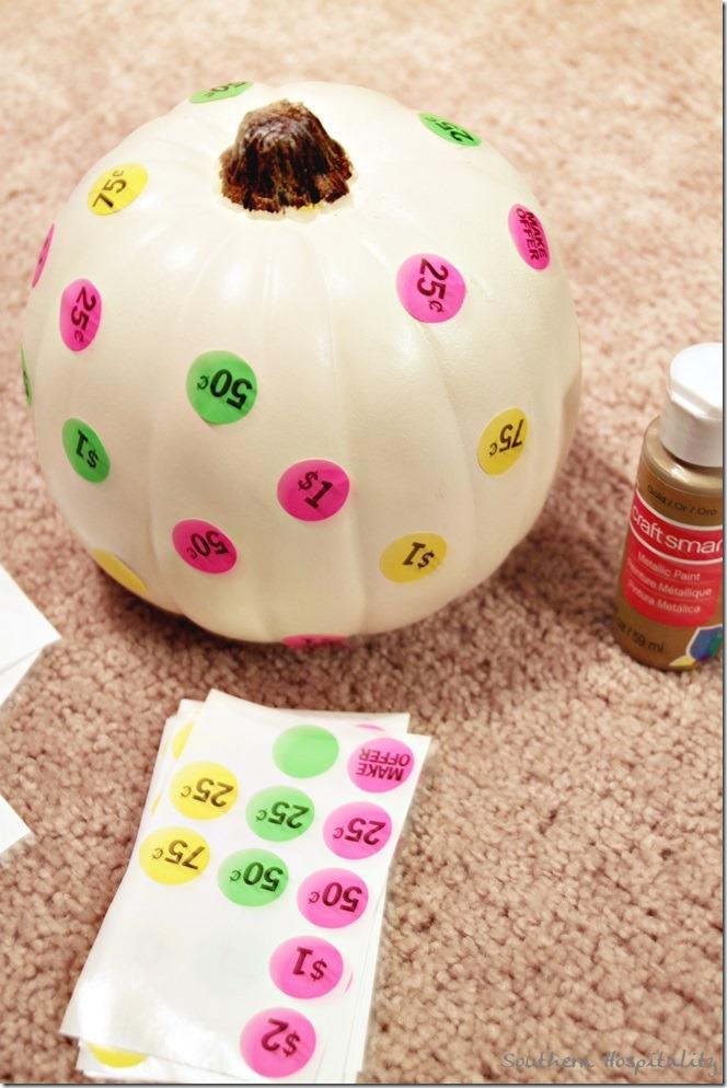 dots on pumpkin