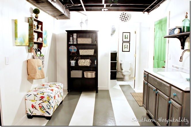 mudroom end of space