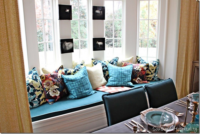 banquette pillows