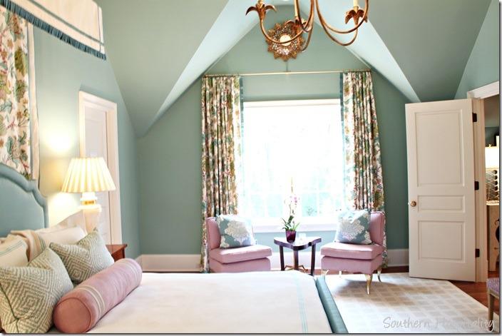 blue room3