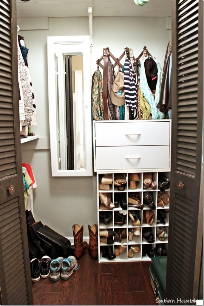 Jewelry storage solutions southern hospitality us244 for Southern closets