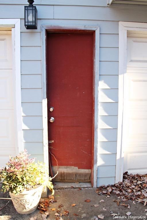 garage-door-before.jpg