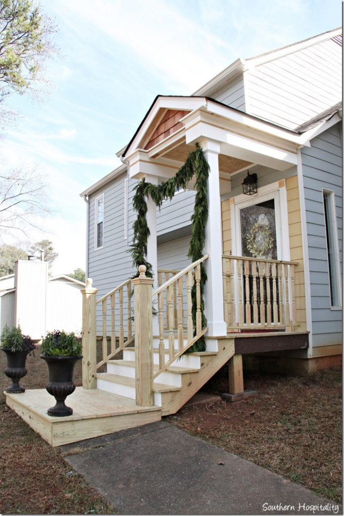 side view front porch design
