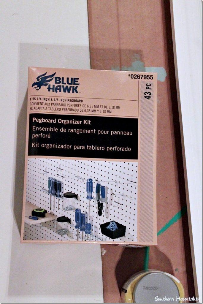 box of organizer hooks