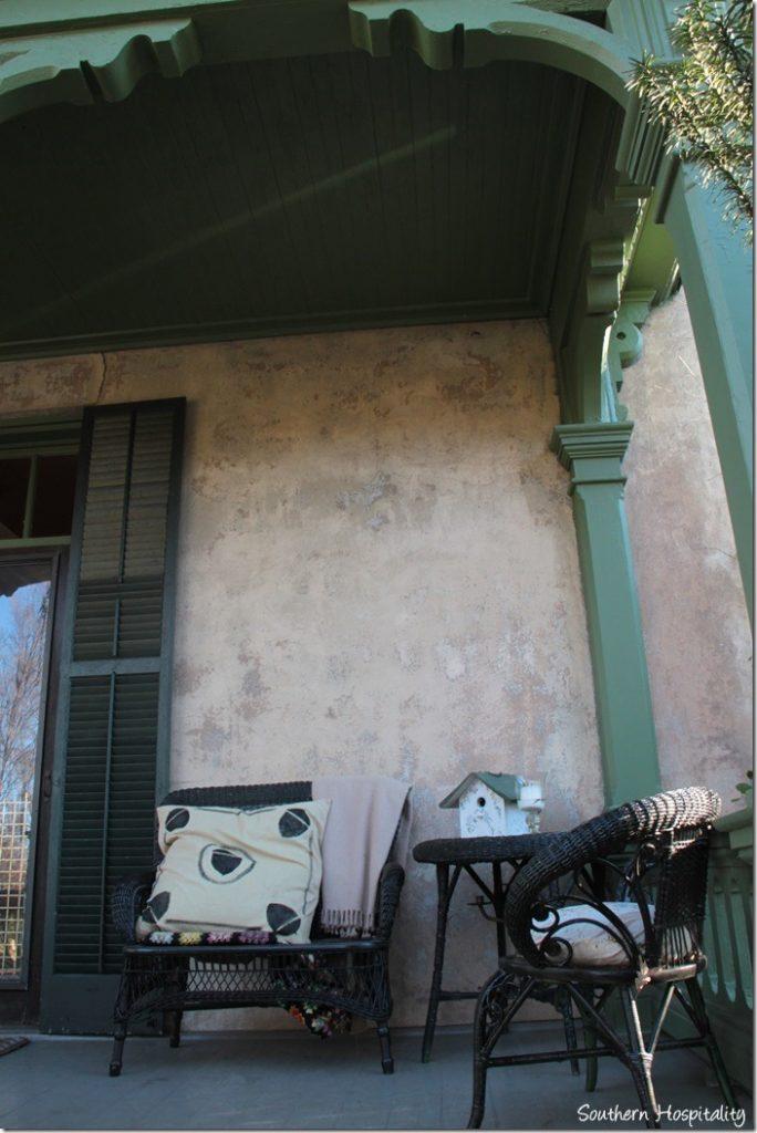 side porch wicker