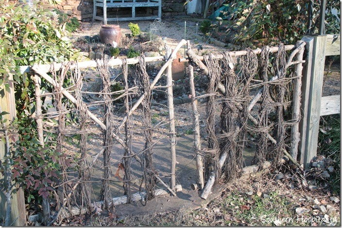 twig gate