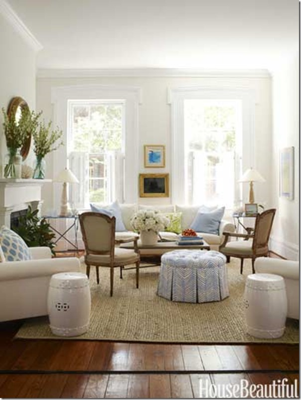 Beautiful White Living Room 604 x 803