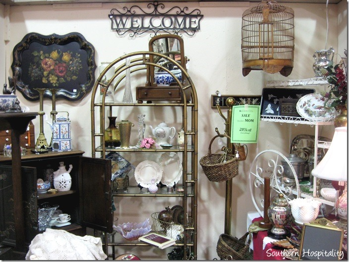 booth at city antiques