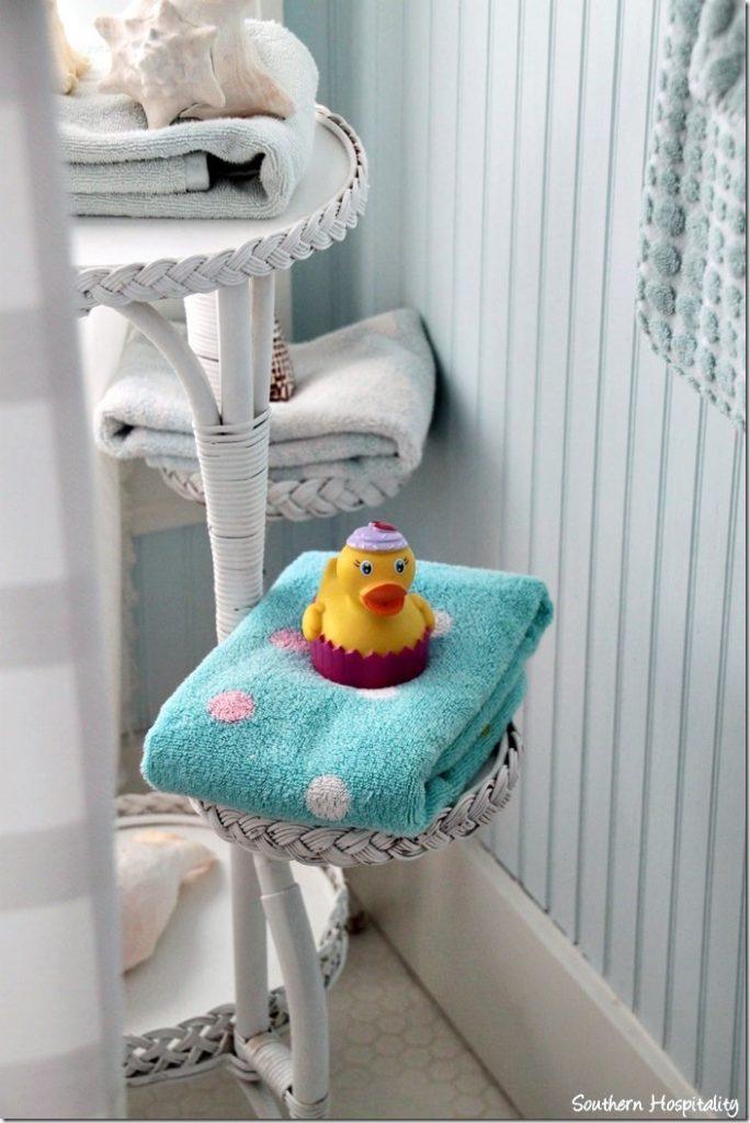 breeze inn master bath2