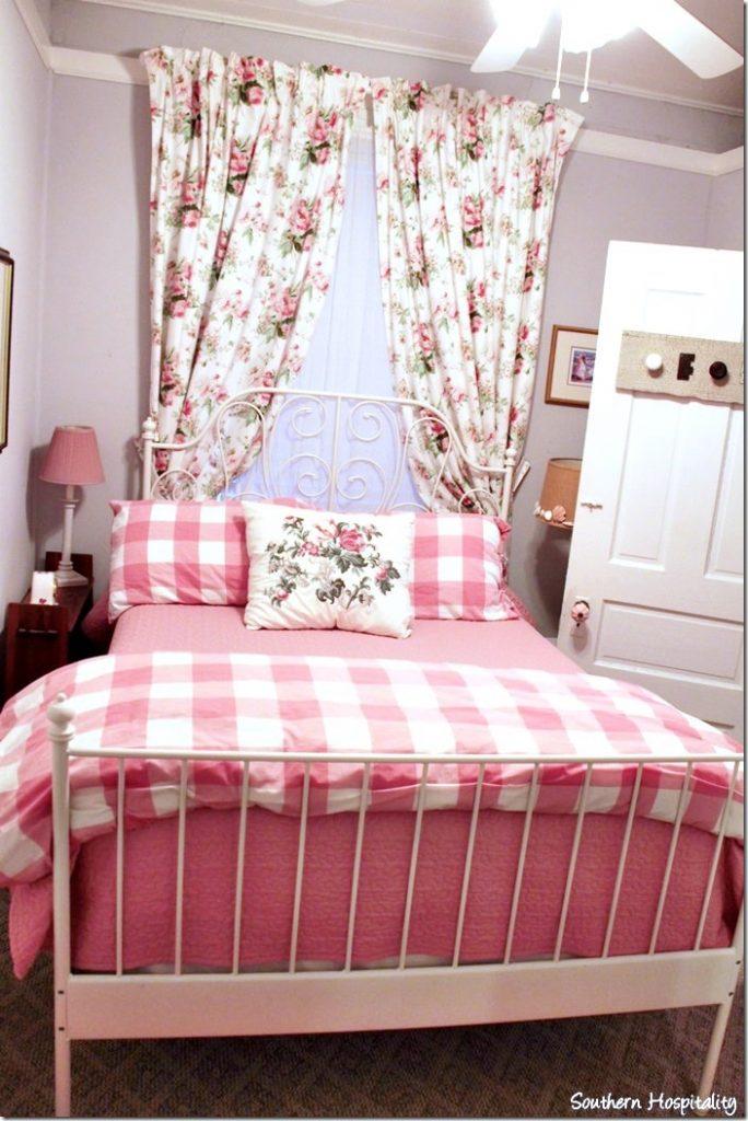 Fabulous white caps bedroom
