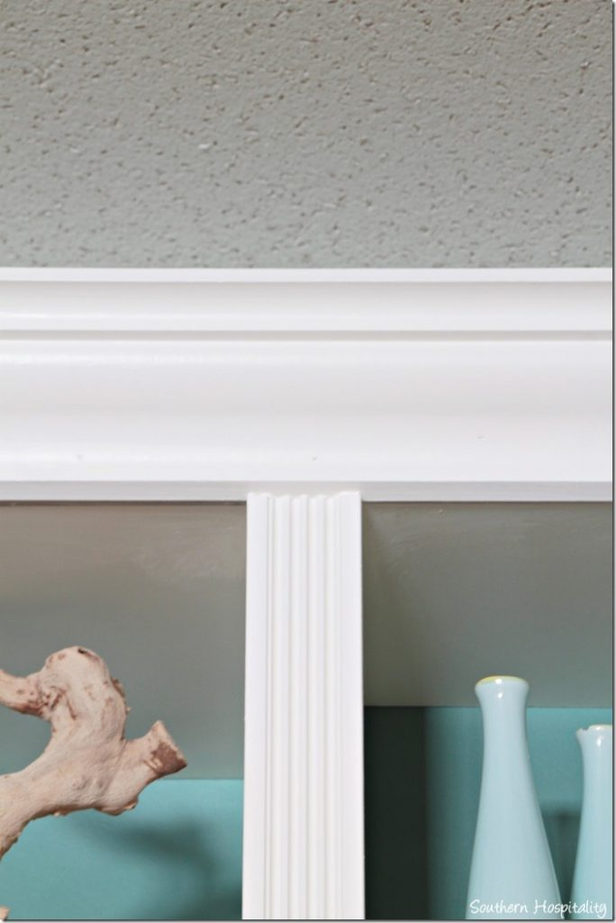 middle molding and crown