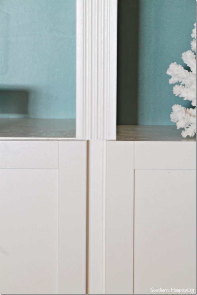 reeded molding in middle