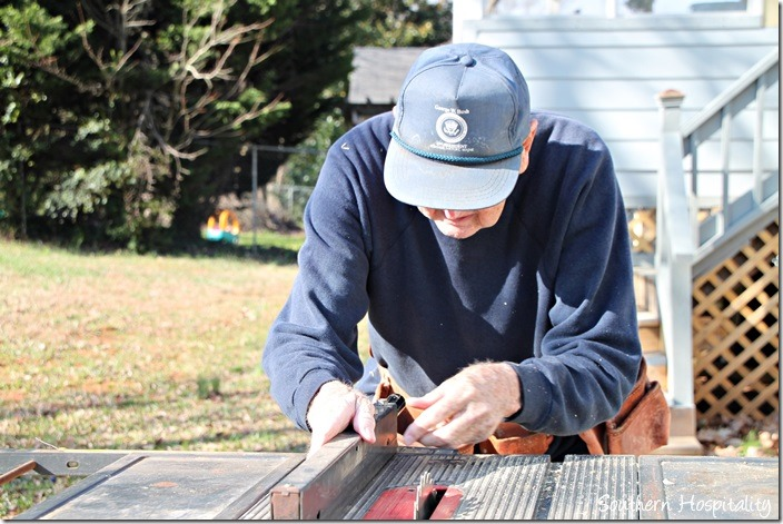 setting up table saw